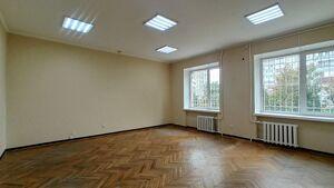 Сдается в аренду офис 286.3 кв. м в административном здании