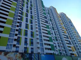 Продається 3-кімнатна квартира 100.4 кв. м у Києві