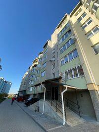 Продається 2-кімнатна квартира 61 кв. м у Тернополі
