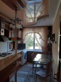 Продається 3-кімнатна квартира 64 кв. м у Олександрії