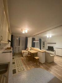 Продається 2-кімнатна квартира 53 кв. м у Ірпені