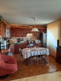 Продается 4-комнатная квартира 78 кв. м в Луцке