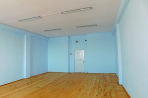 Сдается в аренду офис 52 кв. м в административном здании
