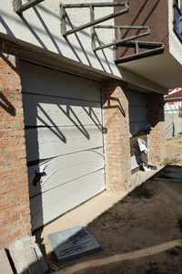 Сдается в аренду отдельно стоящий гараж под легковое авто на 17 кв. м