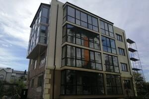 Продается 2-комнатная квартира 72.1 кв. м в Тернополе