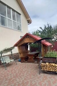 Продается дом на 2 этажа 230 кв. м с садом