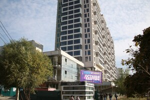 Продается 2-комнатная квартира 72 кв. м в Харькове