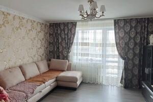 Продается 3-комнатная квартира 68 кв. м в Житомире
