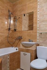 Сдается в аренду 3-комнатная квартира 58 кв. м в Виннице