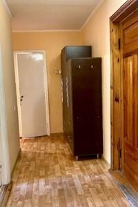 Продается 2-комнатная квартира 46 кв. м в Ровно