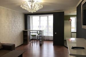 Продается 3-комнатная квартира 65.9 кв. м в Луцке