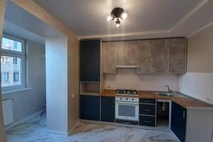 Продается 1-комнатная квартира 36 кв. м в Тернополе