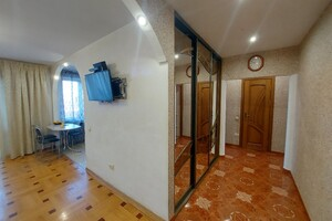Продается 3-комнатная квартира 67 кв. м в Тернополе