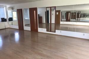Сдается в аренду здание / комплекс / павильон 47 кв. м в 3-этажном здании