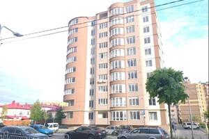 Продается 2-комнатная квартира 75 кв. м в Луцке