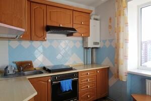 Продается 4-комнатная квартира 80 кв. м в Тернополе