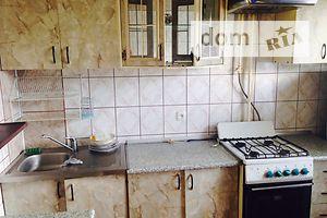 Сниму двухкомнатную квартиру в Черновицкой области долгосрочно