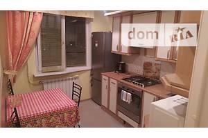 Сниму трехкомнатную квартиру посуточно без посредников