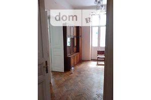 Сниму треккомнатную квартиру в Львовской области долгосрочно