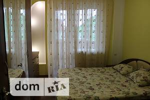 Сниму трехкомнатную квартиру посуточно в Ровенской области