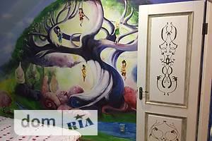 Сниму трехкомнатную квартиру посуточно в Хмельницкой области