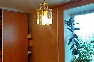 Сниму треккомнатную квартиру в Житомирской области долгосрочно