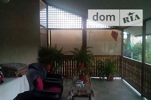 Продается дом на 2 этажа 300 кв. м с бассейном