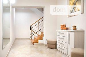 Продается дом на 2 этажа 237 кв. м с баней/сауной
