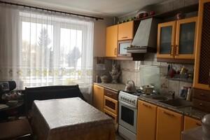 Продается 3-комнатная квартира 56.2 кв. м в Гусятине