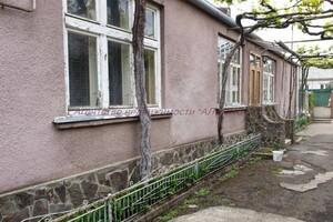 Продается одноэтажный дом 77 кв. м с беседкой