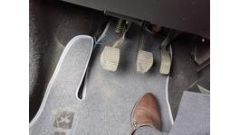 Фото 1 Коврики в салон из ворсу (чорні) для Hyundai H200