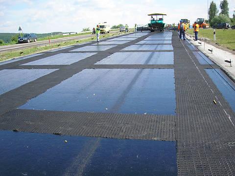 Дороги Киева отремонтируют до 9 мая