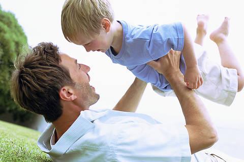 Отцам-одиночкам будут выдавать жилье вне очереди