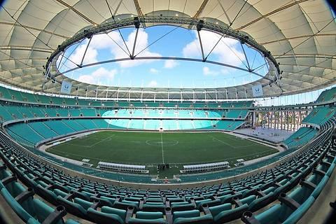 В Бразилии на стадионе «Фонте Нова» обрушилась часть крыши