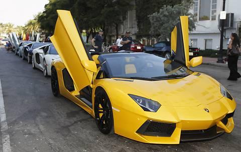 Покупатели пентхаусов в Дубае получат в подарок суперкары Lamborghini