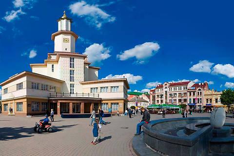 Определены самый мирный и самый опасный города УкраиныОпределены самый мирный и самый опасный города Украины