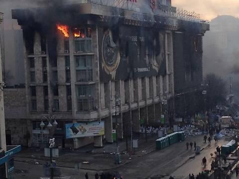 Реконструкция сгоревшего Дома профсоюзов обойдется в сотни миллионов гривен