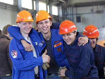 Россия отправит в Крым студенческие стройотряды