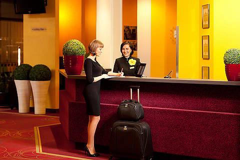 Количество постояльцев в киевских отелях сократилось в 2,5 раза