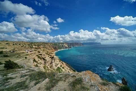 Крымские чиновники незаконно пытались раздать 4 га земли на пляжах Черного моря