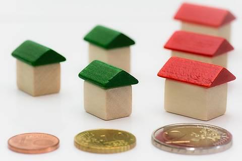 В Украине официально опубликован закон о моратории на отчуждение жилья, находящегося под залогом за валютный кредит