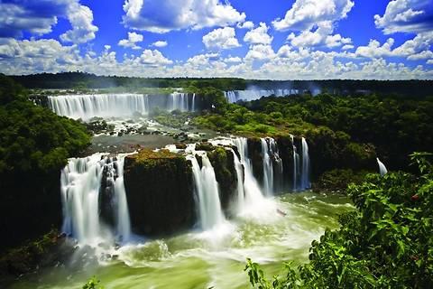 ТОП-10 самых непривлекательных стран для туристов