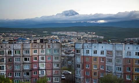 Около 300 украинских беженцев прибыли на Камчатку