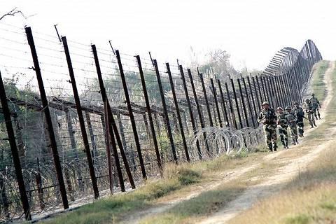 Строительство «Стены» на границе с РФ отложили