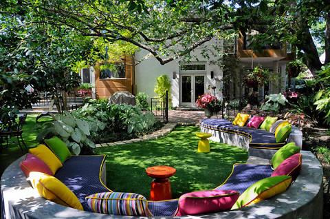 9 идей обустройства комфортной зоны отдыха на заднем дворе дома