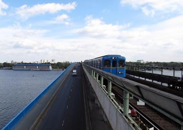 В Киеве вплотную займутся ремонтом мостов