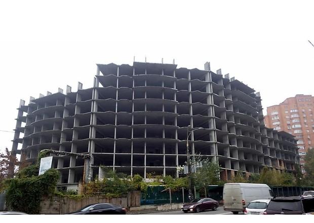 Долгострой на проспекте Науки может быть передан в городскую собственность