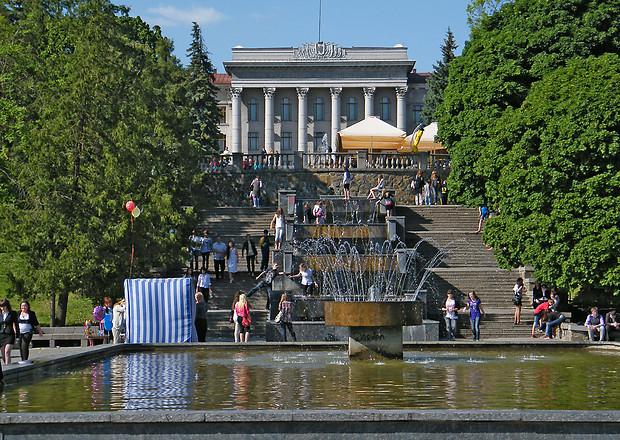 За скільки можна купити квартири в Луцьку: пропозиції від 14,8 до 250 тисяч