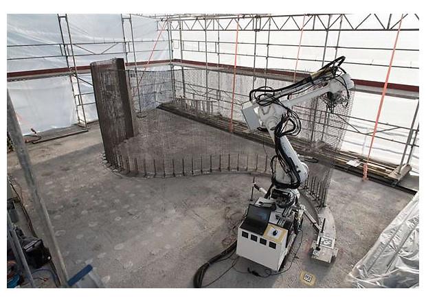Впервые в мире роботы построят дом
