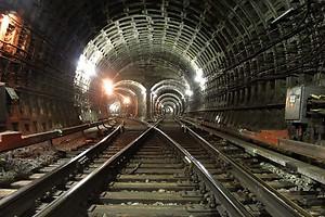 КГГА утвердила проект метро на Виноградарь